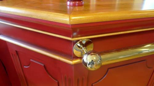 Meuble bar patine rouge