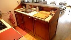 Cuisine bistrot pour petit appartement : vue intérieure