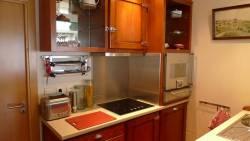 Cuisine bistrot pour petit appartement : les rangements