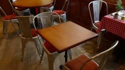 Restaurant le richelieu : les tables sur mesure