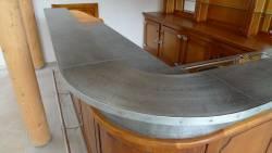 Comptoir de bar vieux zinc