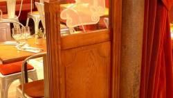 Agencement de restaurant : cloisons de discrétion