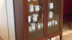 Meuble vitrine pour les verres