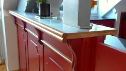Le comptoir du bar de la cuisine