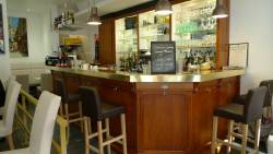 Le bar complet
