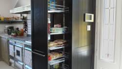 L'armoire de rangement de la cuisine