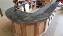 Le bar en fabrication dans nos ateliers