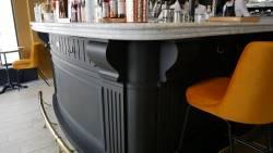 Détail du bar du restaurant bistrot racines
